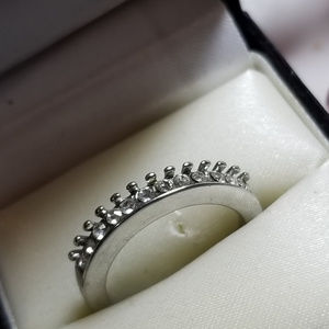 Size 6 Crown thin Band Ring Sparkle High Quality
